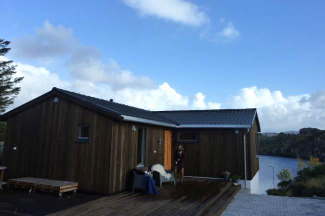 Fornying: Hytte på Lokøy, Sotra